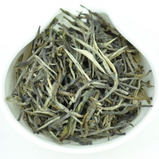 "Yunnan ""Pine Needles"" Green Tea from Mengku 2018 / 50 g"
